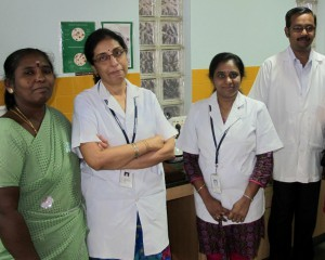 Photo © Netty Kamp: Laboratory staff of the PPM center at the Hindu Welfare Hospital in Central Chennai.