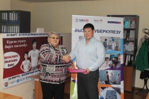 Kyrgyz TB Patients Coalition Indira K MOU IMG_2292